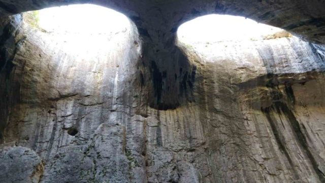 """Фото пещеры """"Проходна"""", Болгария"""