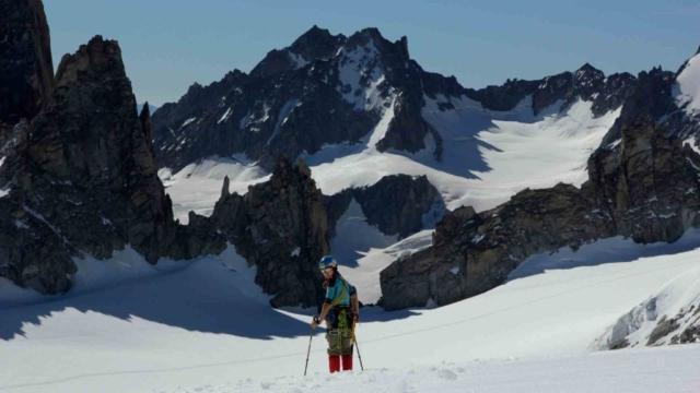 фото альпинистки в Шамони